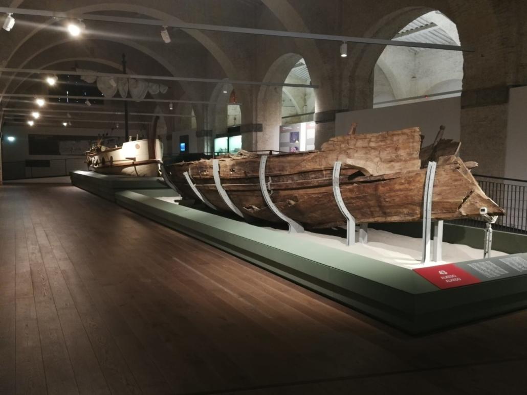 Museo_Antiche_Navi_Pisa_antica_imbarcazione